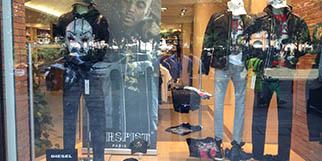 Les Gémeaux Toulouse vend des vêtements pour hommes de marques, des chaussures et des accessoires de mode masculine en centre-ville.(® site Les Gémeaux)