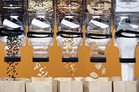 O Local Bio Toulouse est une épicerie en vrac qui vend des produits bio sans emballage en centre-ville de Toulouse. On y trouve aussi un restaurant zéro déchet avec une carte qui utilise les produits du magasin bio.(® facebook O local bio)